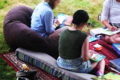 women-readingcropped