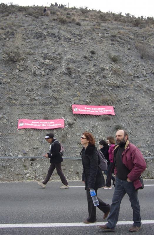 Affiche du PS qui s'engage contre le gaz de schiste