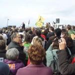 Foule pendant le discours du maire de Villeneuve-de-Berg