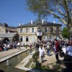 Place et mairie de Nant