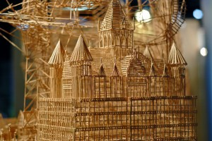 An-Artist-Made---a-Sculpture-in-35-Years-of-100000-Matchsticks-1