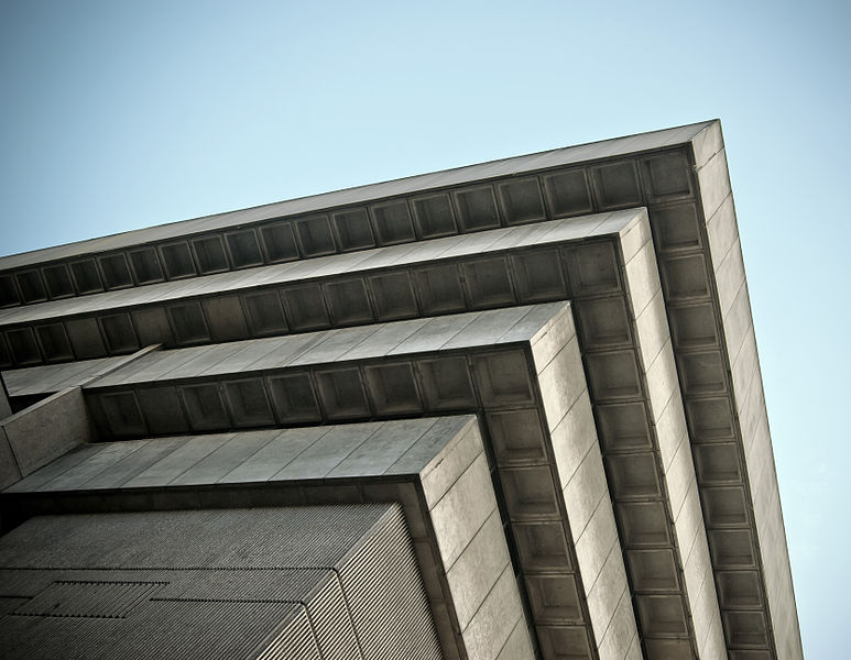 Birmingham central Library from Wiki.